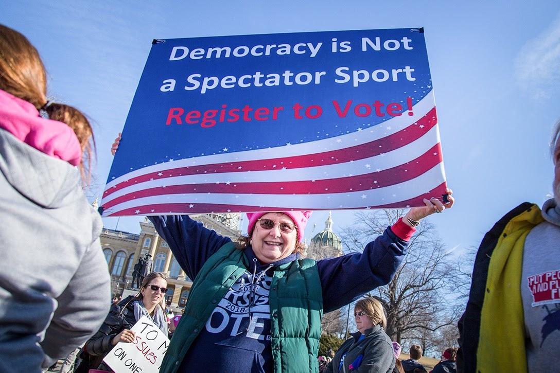 register to vote, Iowa