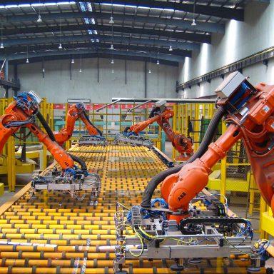 Machines to 'Do Half of All Work Tasks by 2025': World Economic Forum