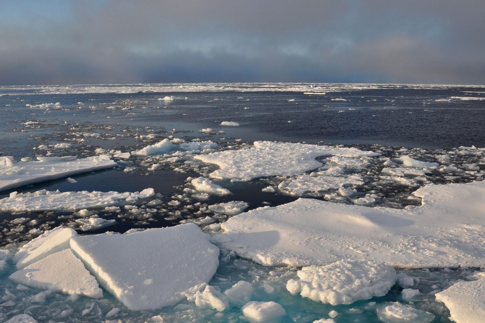 Arctic sea ice breakup