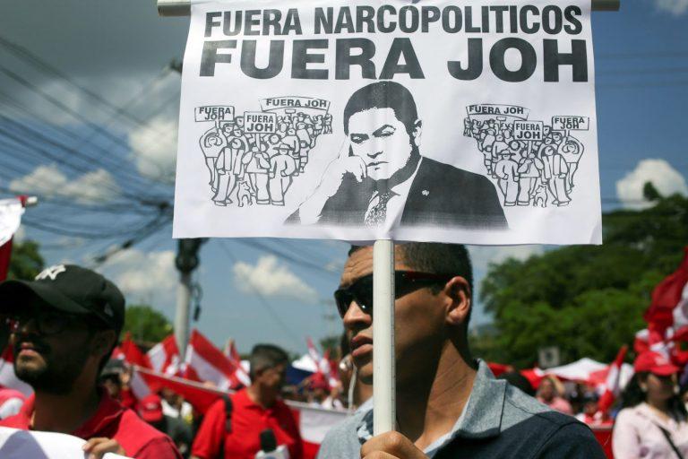 Protest, Juan Orlando Hernández, Resign