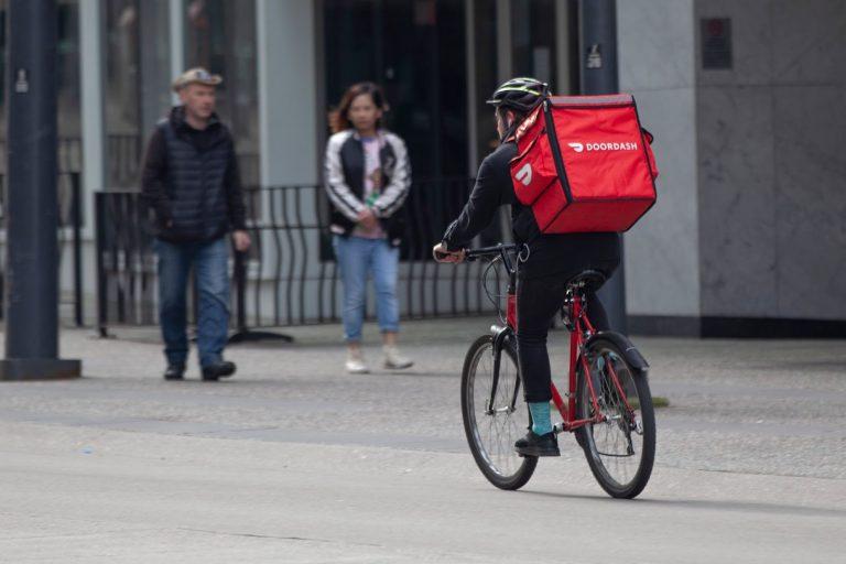 DoorDash, delivery, bicycle, Vancouver