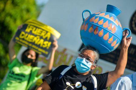 El Salvador, water, protest