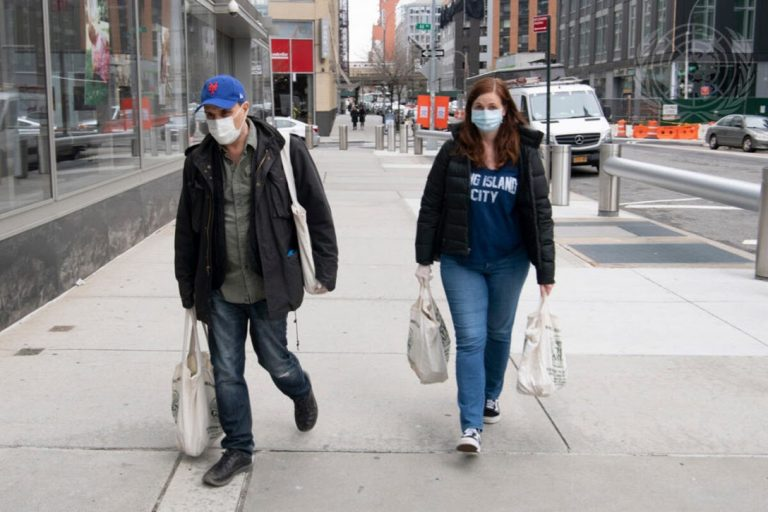 shoppers, Covid-19, pandemic, New York