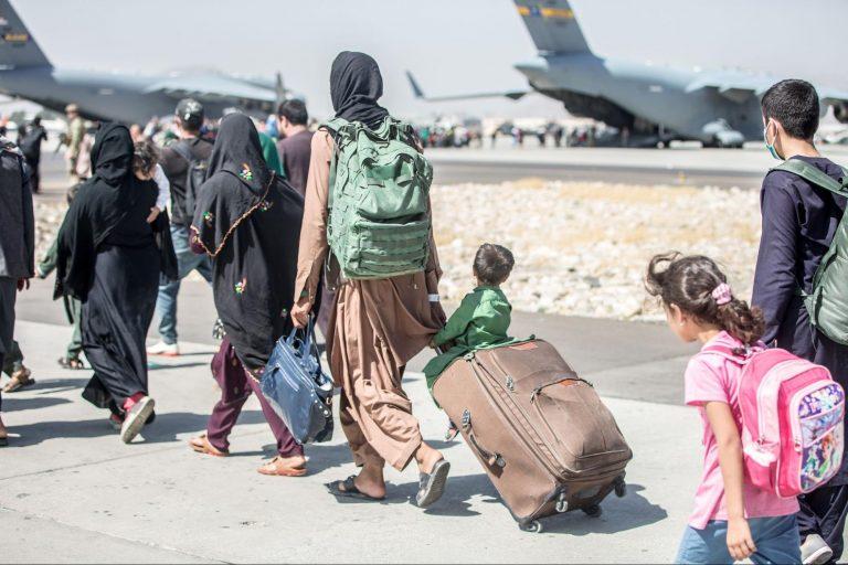 Afghans, evacuate, Kabul, airport