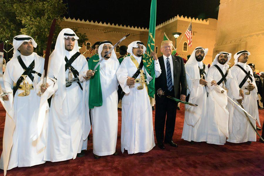 Donald Trump, King Salman, Swords