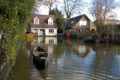 Flooding in Hythe End