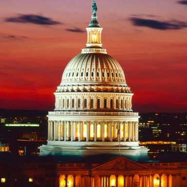 Senate Democrats Call on FTC to Fix Data Privacy 'Crisis'