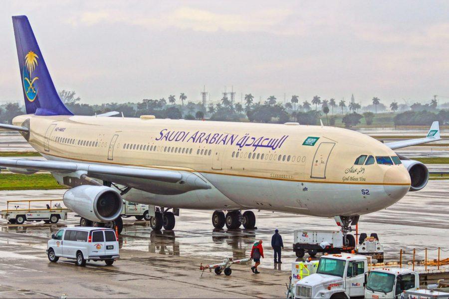 Saudi Arabian A340 9143